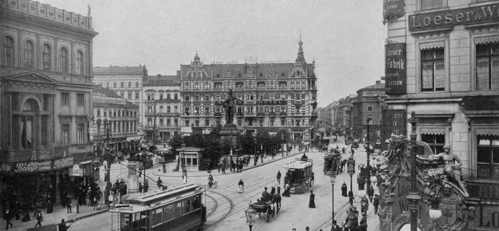 Berlin Alexanderplatz Zusammenfassung Auf Inhaltsangabe De